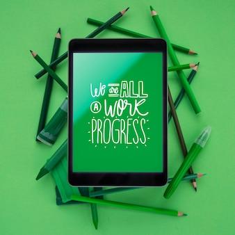 Tableta moderna maqueta para trabajo artístico