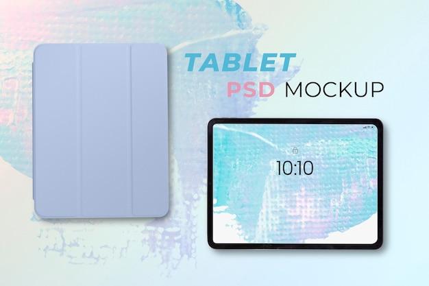 Tabletscherm mockup psd digitaal apparaat met pastelkoffer