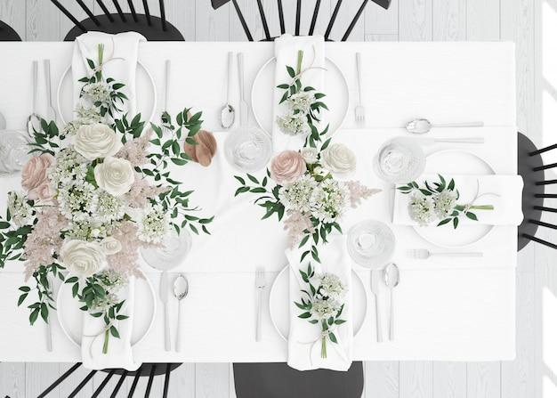 Tafel bereid om te eten met bestek en decoratie op bovenaanzicht