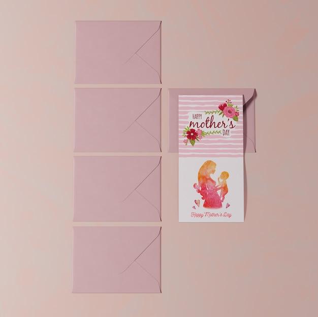Tarjeta de felicitación del día de las madres de primer plano