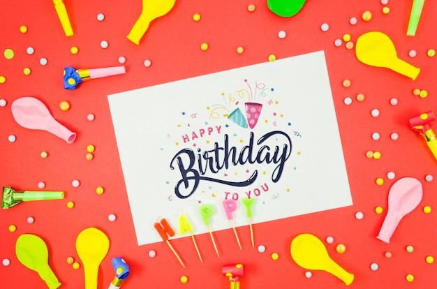 Tarjeta de feliz cumpleaños de maqueta