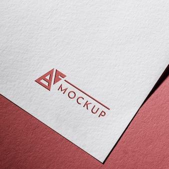 Tarjeta de maqueta de negocios en papel con textura