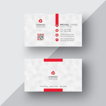 Tarjeta de negocios blanca con detalles rojos
