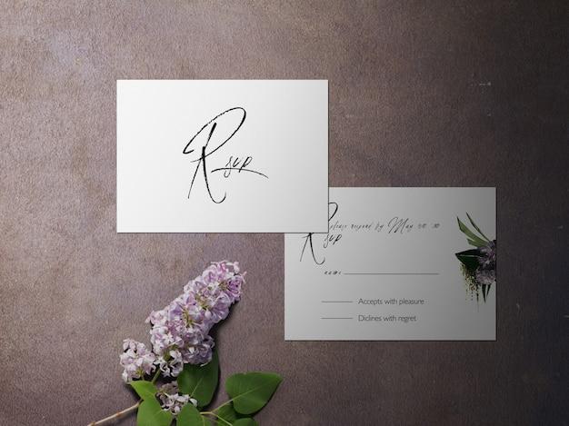 Tarjeta de rsvp, tarjeta de tema de dos flores de color púrpura