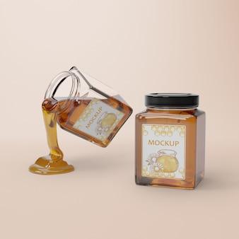 Tarro abierto con miel