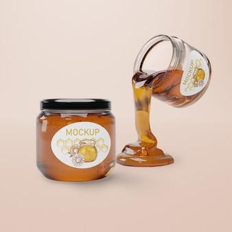 Tarro con maqueta de miel natural