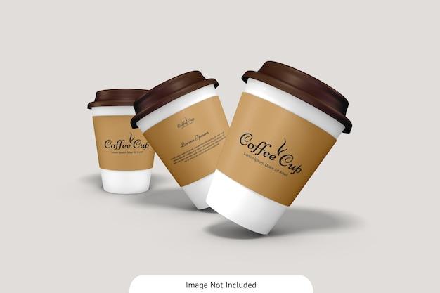 Taza de café con maqueta de cartón