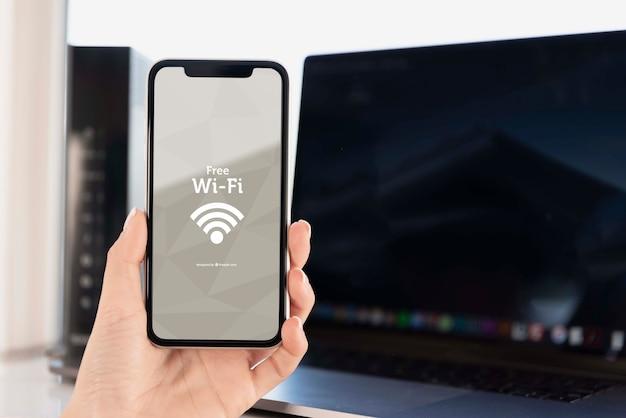 Tecnologia moderna per dispositivi con impostazione wifi