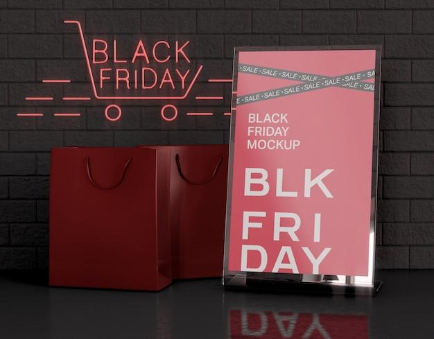 Tenda da tavolo in acrilico con mockup di porta carte. concetto di venerdì nero