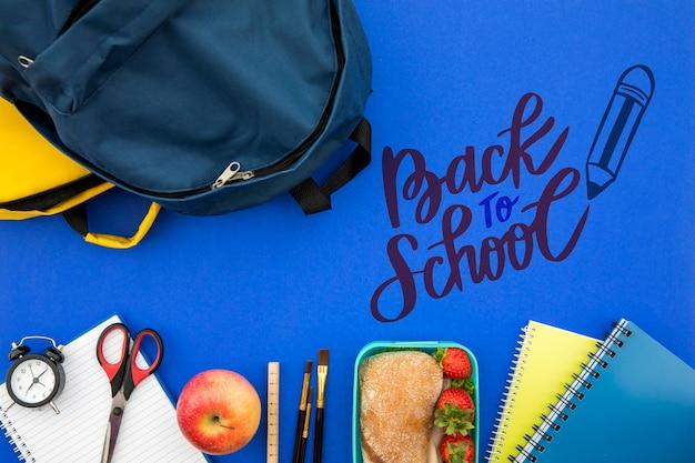 Terug naar school, rugzak met studentbenodigdheden