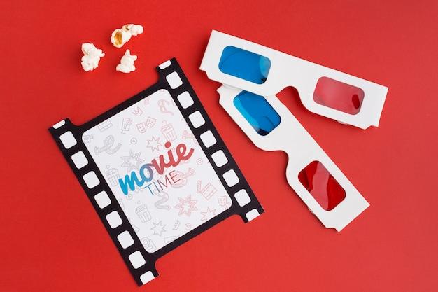 Tira de película retro y gafas 3d
