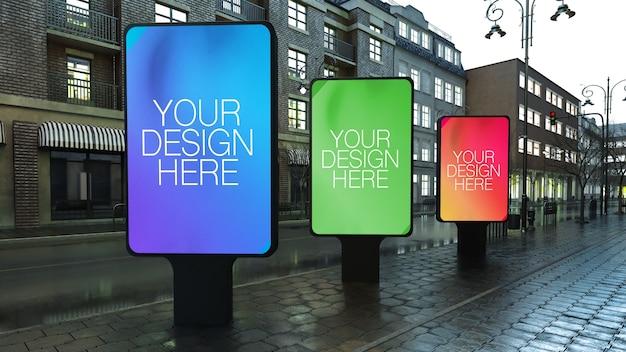 Tre cartelloni pubblicitari sulla strada mock up