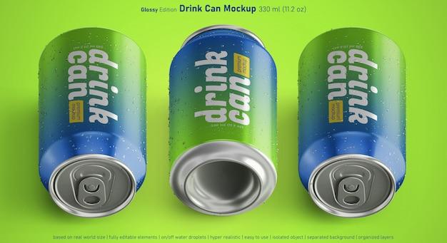 Tres variantes de la lata de refresco brillante con maqueta de gotas de agua