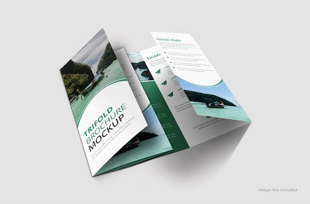 Trifold brochure mockup sluiten