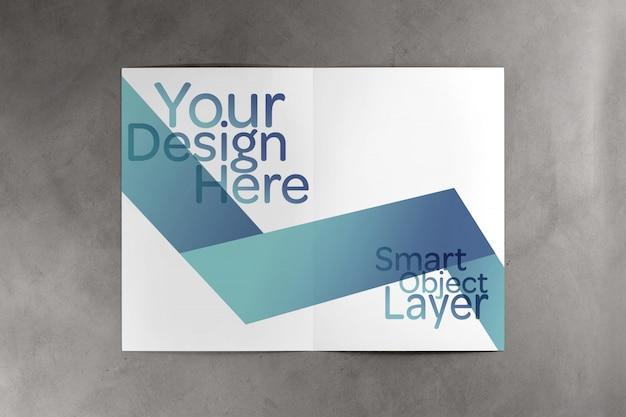 Tweevoudige brochure mock up