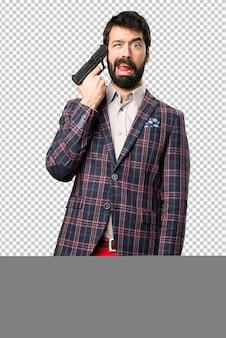 Uomo ben vestito che si suicida