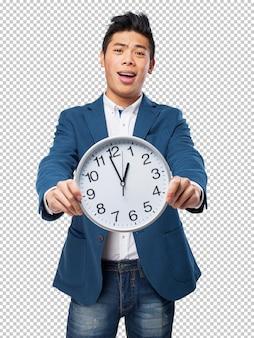 Uomo cinese con orologio