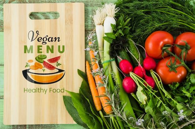 Veganistisch menu met voedingsgroenten