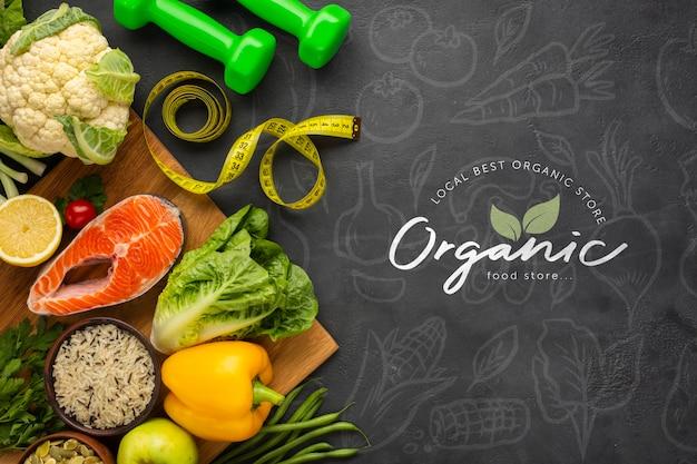 Vegetales doodle fondo con alimentos saludables y pesas