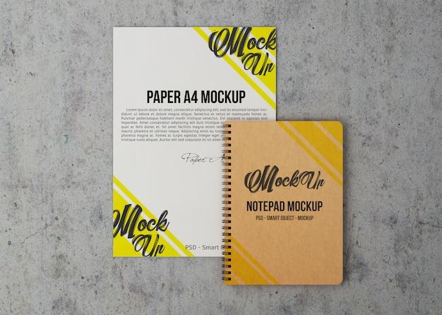 Vel papier en notebook mockup