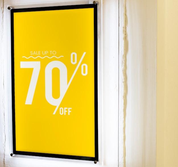 Venta hasta el 70% de descuento maqueta de cartel.