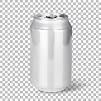 Vers koud bier op zilveren kan geïsoleerd