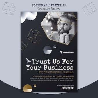 Verticale flyer-sjabloon voor zakelijk partnerbedrijf