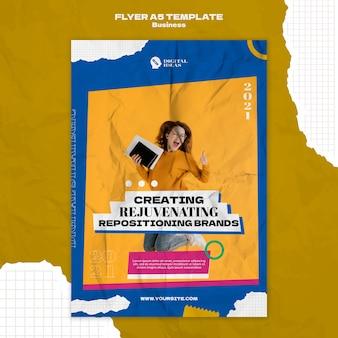 Verticale flyersjabloon voor creatieve bedrijfsoplossingen