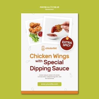 Verticale poster voor restaurant met gebakken kipschotel