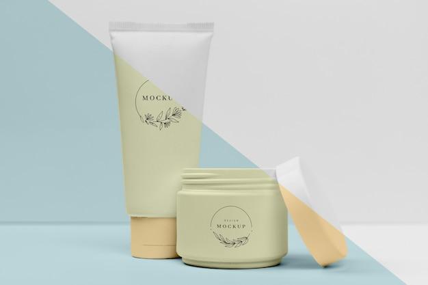 Verzameling van cosmetische crèmes containers mock-up