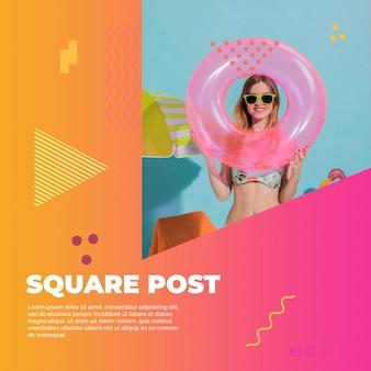 Vierkant postmalplaatje in de stijl van memphis met de zomerconcept Gratis Psd
