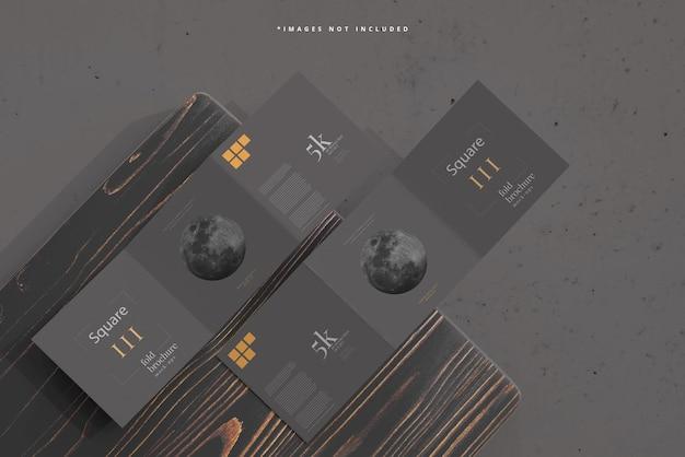 Vierkant tri fold brochure mockup