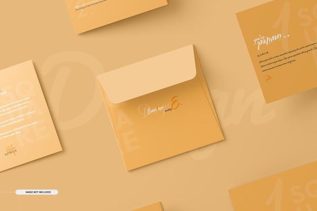 Vierkant tweevoudig uitnodigingskaartmodel