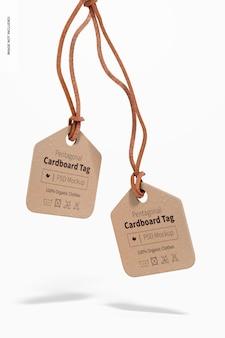 Vijfhoekige kartonnen labels mockup, drijvend