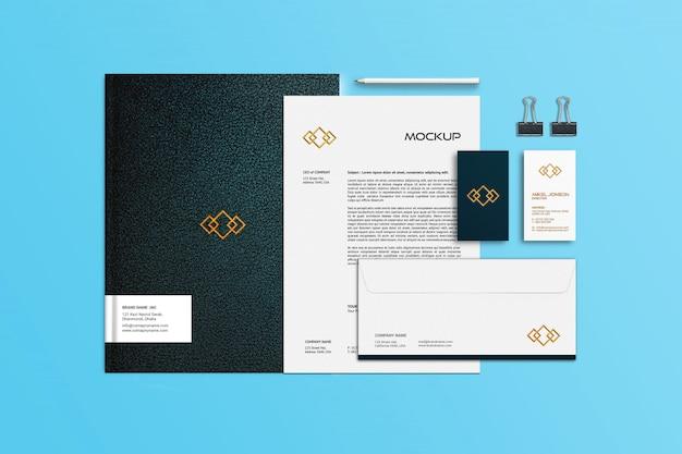 Visitekaartje, briefhoofd en notebook briefpapier mockup