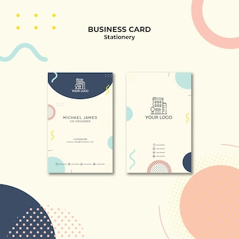 Visitekaartje met pastelkleurig ontwerp