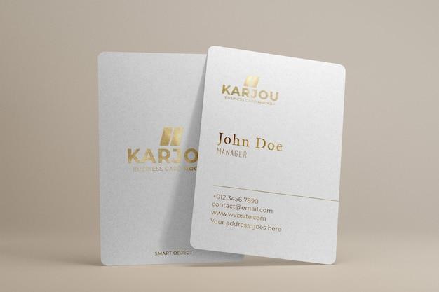 Visitekaartje mockup met gouden ontwerp