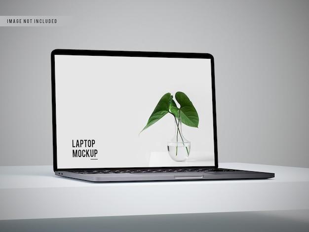 Vista de cerca del diseño de maqueta de portátil