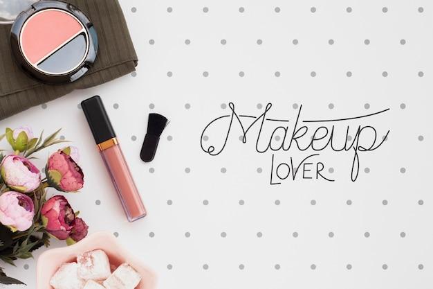 Vista dall'alto del concetto di make-up mock-up