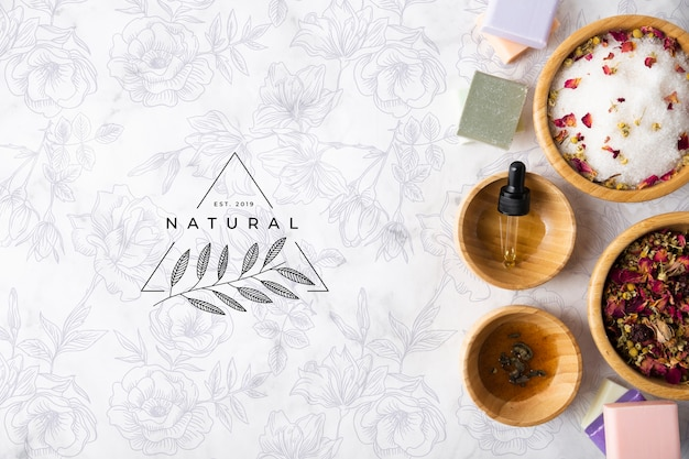 Vista dall'alto di prodotti per la cura della pelle