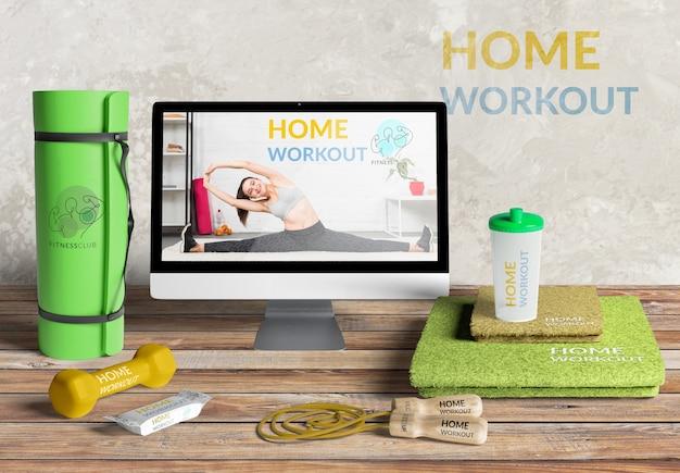 Vista frontal maqueta entrenamiento en casa
