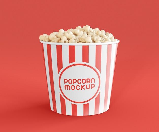 Vista frontal de la maqueta de palomitas de maíz de cine