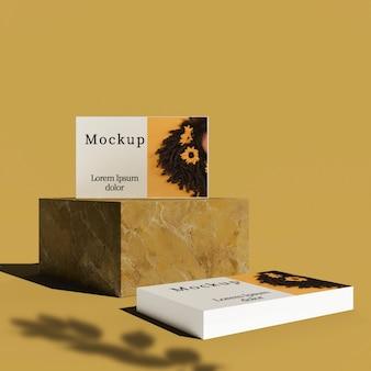 Vista frontal de tarjetas en bloque con sombra