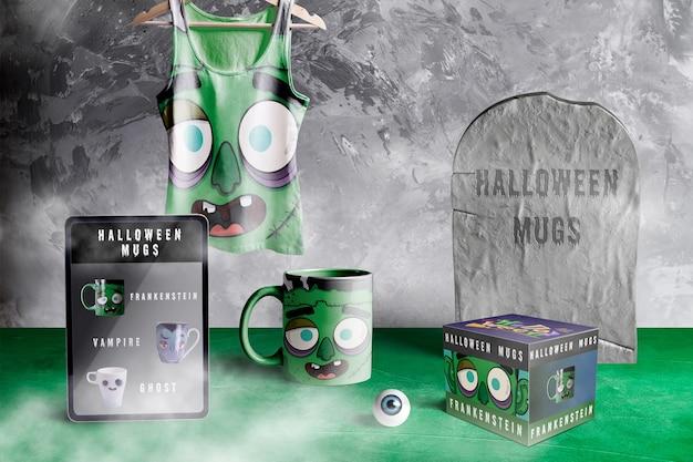 Vista frontale del modello del mostro di halloween frankenstein