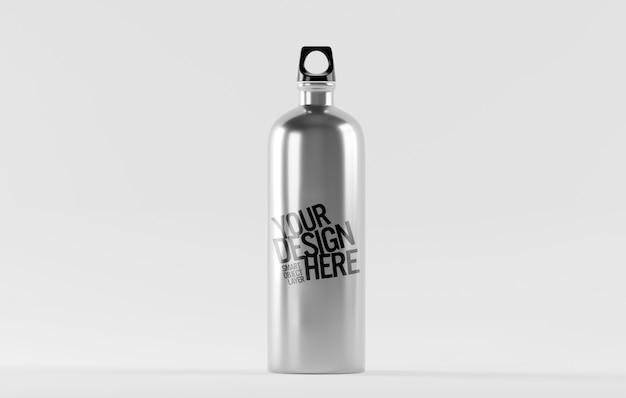 Vista de una maqueta de botella de agua de acero inoxidable