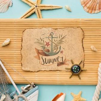 Vista superior arreglo de artículos de verano