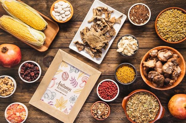 Vista superior arreglo de deliciosa comida de otoño
