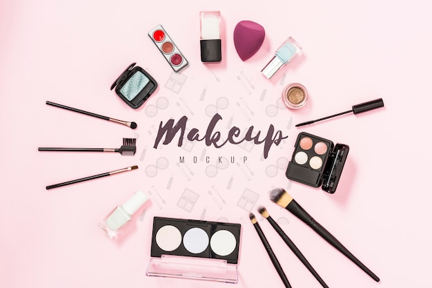 Vista superior del concepto de maqueta de maquillaje