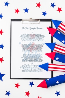 Vista superior del día de la independencia con maqueta