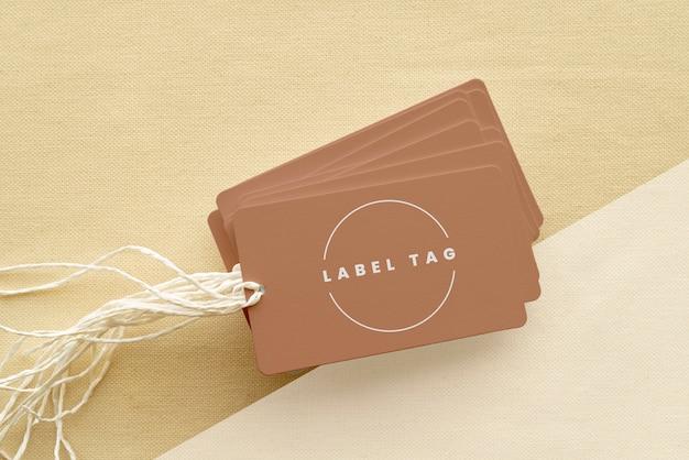 Vista superior de la maqueta de etiquetas de papel